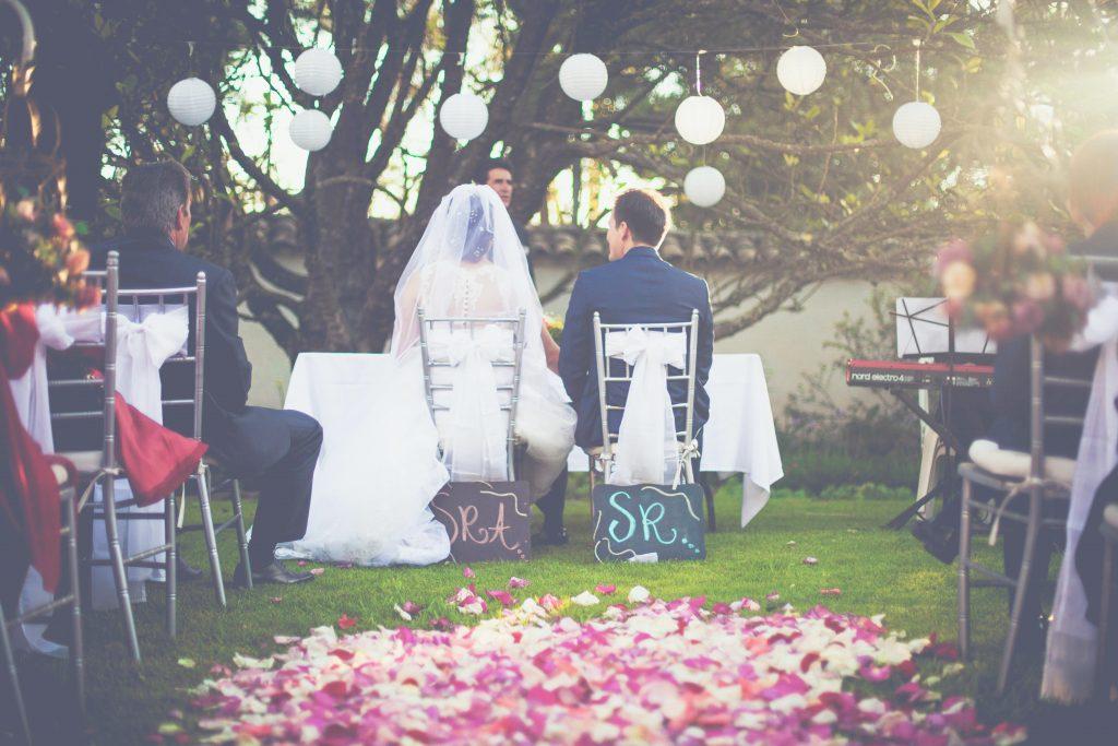 Ce fel de mesaje sunt potrivite pentru a însoți un cadou de nuntă sau de cununie?