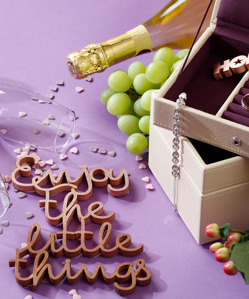 Mesaj decorativ -  Enjoy the little things