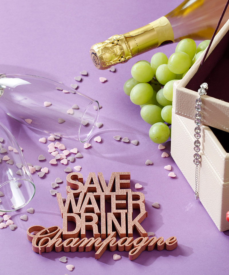 Mesaj decorativ - Save water drink champagne