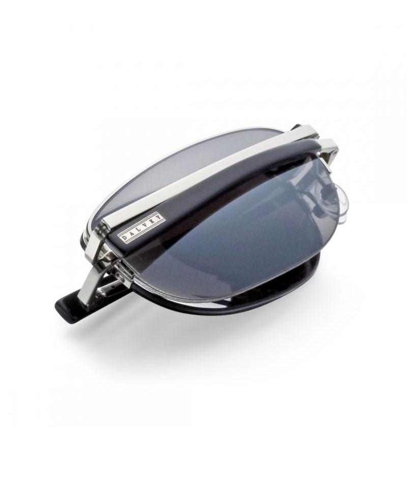 ochelari de soare in etui piele