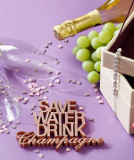 Mesaj decorativ - Save water drink champagne