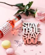 Mesaj decorativ - Stay true stay you