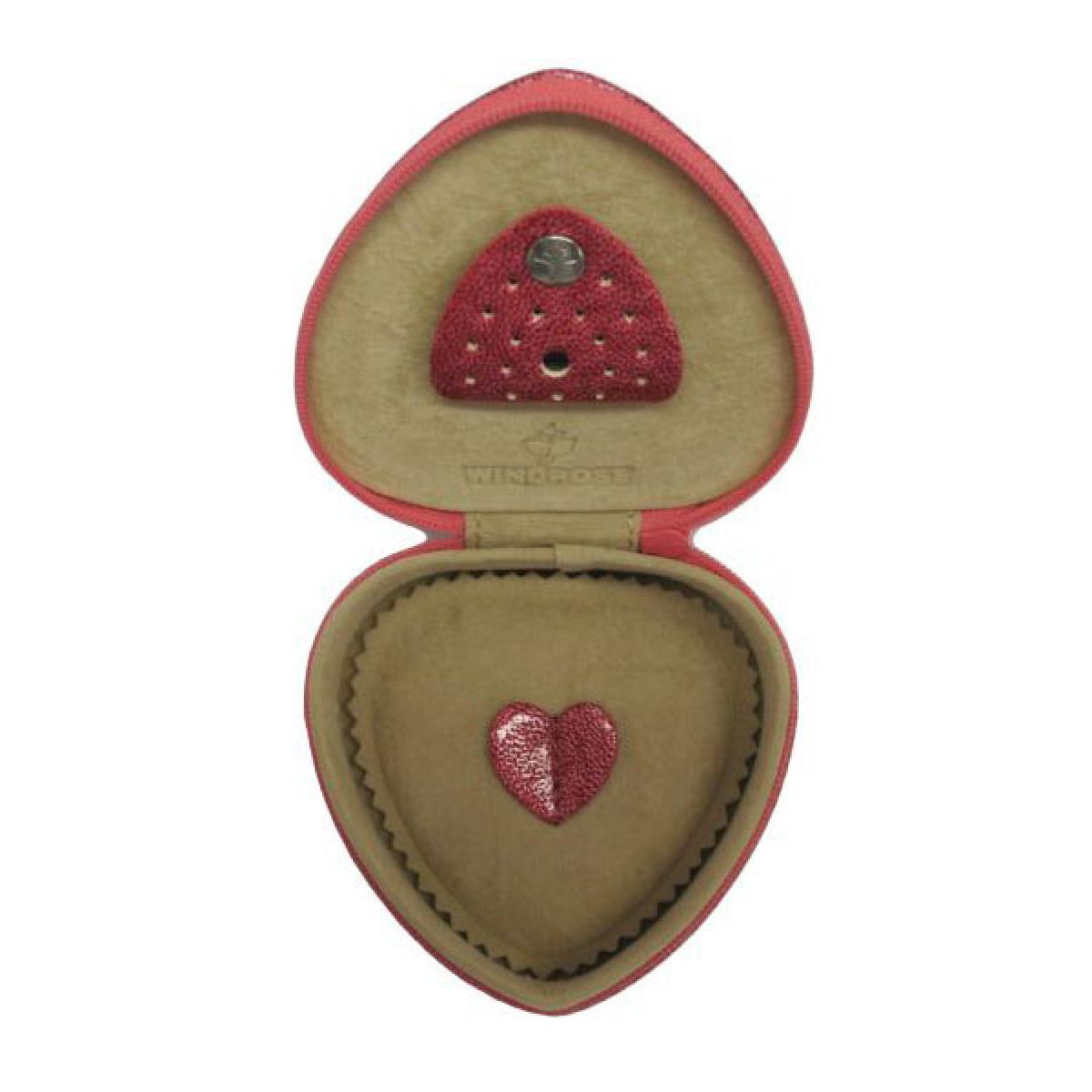 cutie de bijuterii in forma de inima
