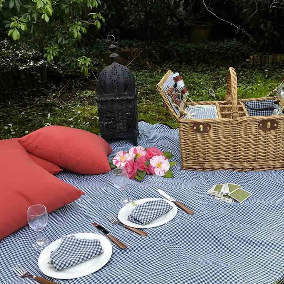 cosuri picnic pentru 4 persoane