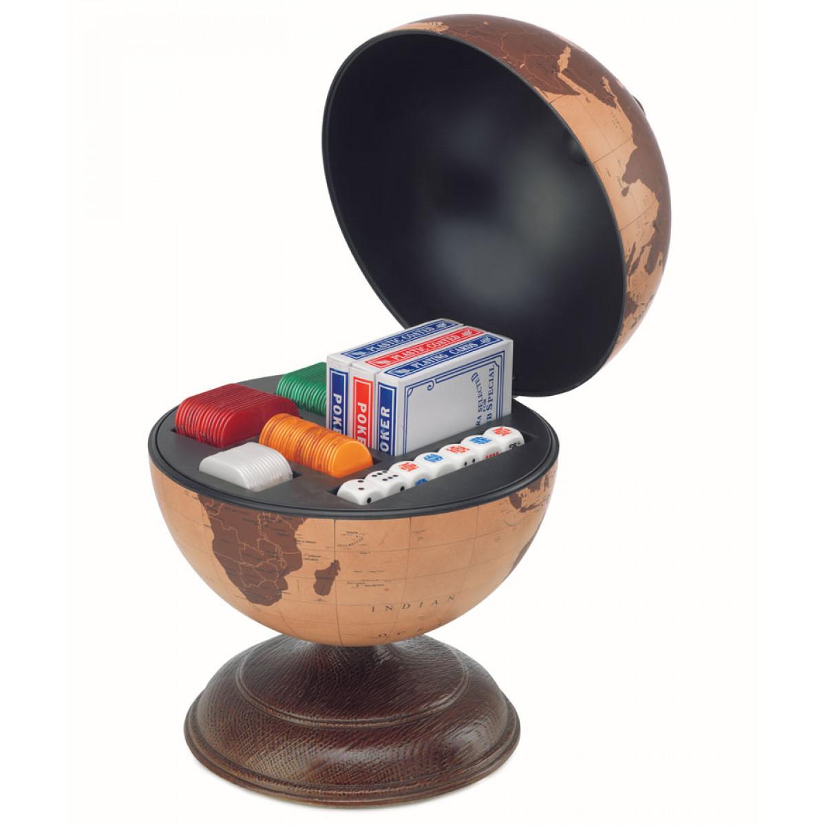 glob de birou cu joc de carti si zaruri