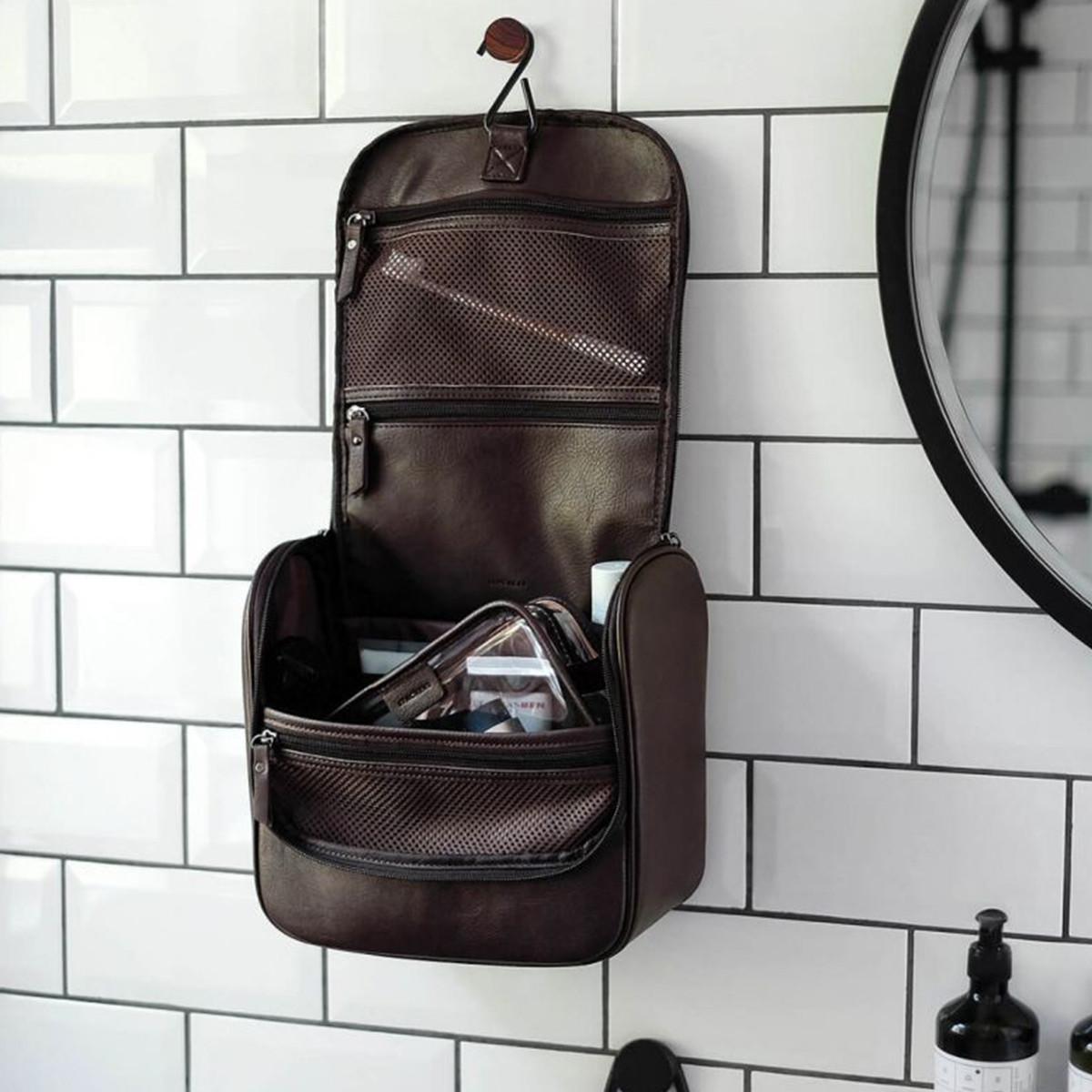 geanta pentru cosmetice barbati